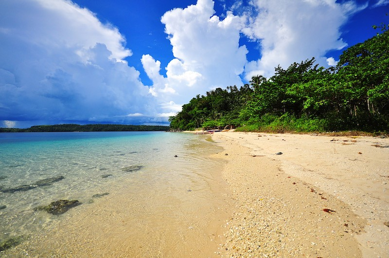 best bicol beaches