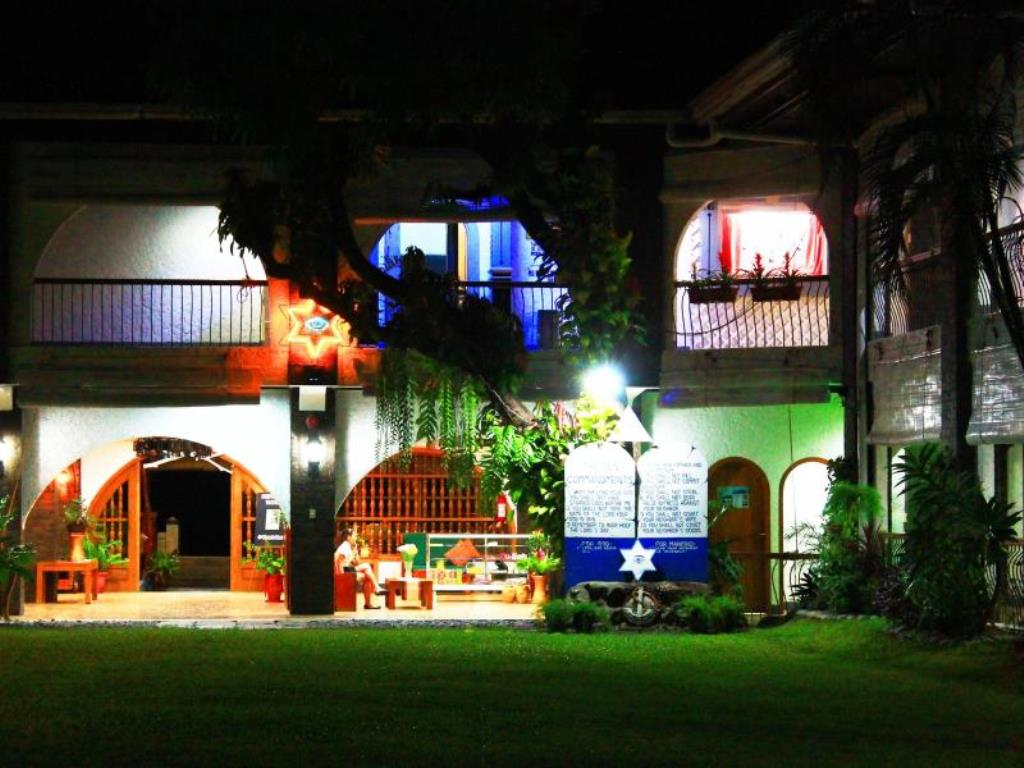 Villa Estrella Resort Hotel Bauang La Union